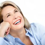 """Klinikos """"Angitia"""" vadovas – tarp pirmųjų 50-ies pasaulio odontologų, turinčiųjų teisę dirbti su unikalia dantų implantavimo naujove, taupančia pinigus ir laiką"""